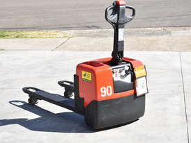 BT 1.31T Powered Pallet Mover HIRE from $155pw + GST - picture4' - Click to enlarge