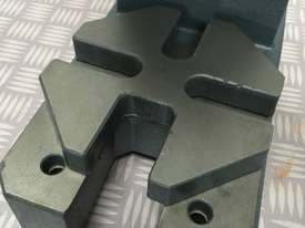 Arbor Press 2 Ton OPTIMUM Germany- Precision Design - Bearing Riveting Staking - picture2' - Click to enlarge