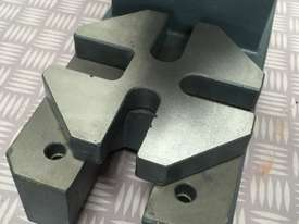 Arbor Press 2 Ton OPTIMUM Germany- Precision Design - Bearing Riveting Staking - picture3' - Click to enlarge
