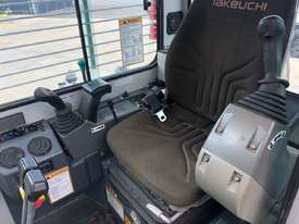 TAKEUCHI TB138FR AIRCON CAB EXCAVATOR S/N: 104 - picture6' - Click to enlarge