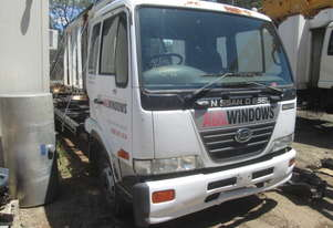 2006 Nissan UD MKB215 - Wrecking - Stock ID 1573