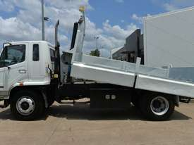 2007 MITSUBISHI FM65F  Tipper   - picture1' - Click to enlarge