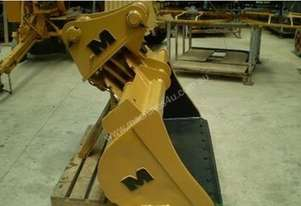 Tilt Bucket, Sorting, Mud, Trenching Various Types & Sizes