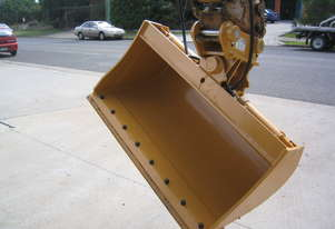 Gardner Engineering Australia 3 Tonne Tilt Bucket