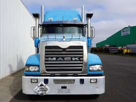 2012 Mack Trident Sleeper Cab Prime Mover - picture1' - Click to enlarge