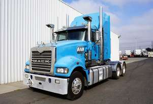 2012 Mack Trident Sleeper Cab Prime Mover
