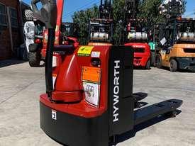 HYWORTH 2T Heavy Duty Pallet Mover HIRE from $155pw + GST - picture2' - Click to enlarge