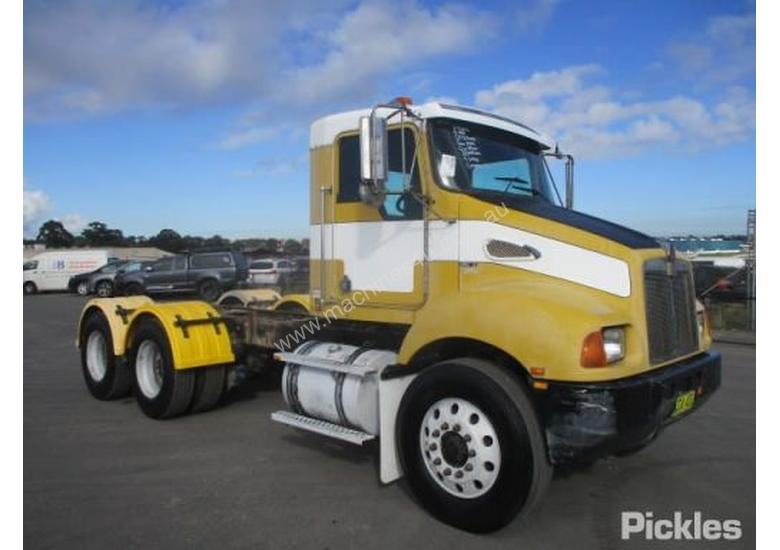Used Kenworth T300 Flatbed Truck in , - Listed on Machines4u