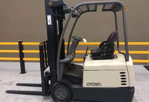 Electric Forklift Counterbalance SC Series 2007 Warranty and Crown Services included