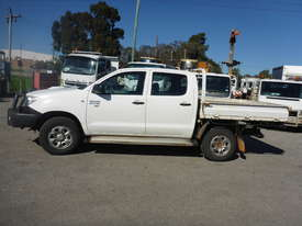 2009 Toyota Hilux SR Crew Cab 4x4 Diesel Tray Back Utility (GA1066) - picture1' - Click to enlarge