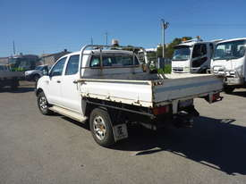 2009 Toyota Hilux SR Crew Cab 4x4 Diesel Tray Back Utility (GA1066) - picture2' - Click to enlarge