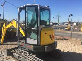 Wacker Neuson EZ36 With Tilting Hitch - STOP & LOOK!  New Arrival - Unbeatable Value - picture0' - Click to enlarge
