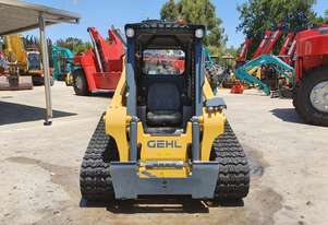 Clearance - Gehl RT165 compact track loader