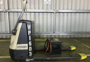 Crown WP2320 Pallet Jack Jack/Lifting