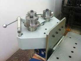 PK35 Vertical - Horizontal Section - Ring Roller - picture1' - Click to enlarge