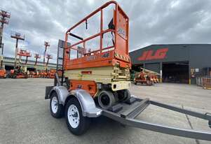 JLG 1930ES Electric Scissor and Trailer Package