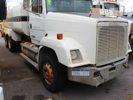 Freightliner 1995 FL112 Water Cart - picture0' - Click to enlarge