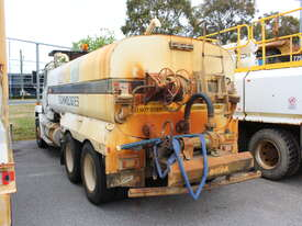 Freightliner 1995 FL112 Water Cart - picture2' - Click to enlarge