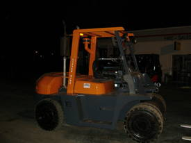 FORKLIFT TCM TOYOTA CROWN FD70Z8 HIRE OR BUY - picture7' - Click to enlarge