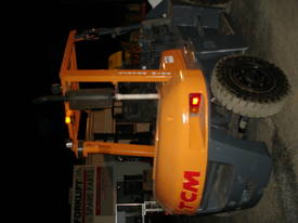 FORKLIFT TCM TOYOTA CROWN FD70Z8 HIRE OR BUY - picture9' - Click to enlarge