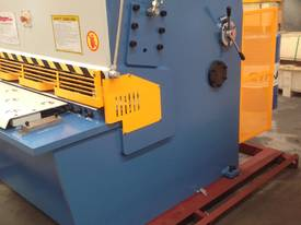 SM-SBHS4006 4000mm X 6.5mm Heavy Duty Model. - picture3' - Click to enlarge