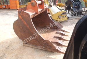 Jaws Heavy Duty Rock Bucket Y3 30 T