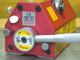 Permanent Lifting Magnets from 100kg to 3000kg  - picture3' - Click to enlarge
