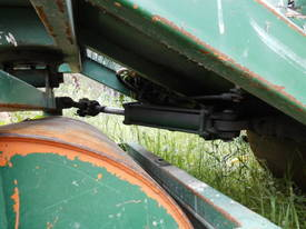 cricket pitch roller , 2cyl diesel , all hyd ,  - picture8' - Click to enlarge