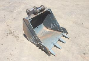 850MM DIG BUCKET WITH FLAT TEETH SUIT 7-10T EXCAVATOR D236