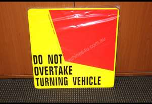 ACCESSORIES & TRAILER PARTS Rear Turning Signs Mis