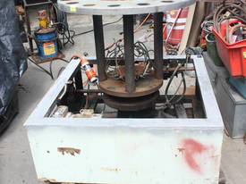 Heavy duty rotating machine base variable speed - picture0' - Click to enlarge