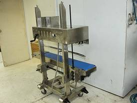 Solid-ink continuous sealer: Print/Seal- AFRM1120  - picture5' - Click to enlarge