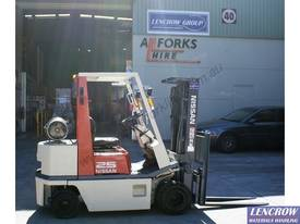 2.5t Nissan Compact Forklift