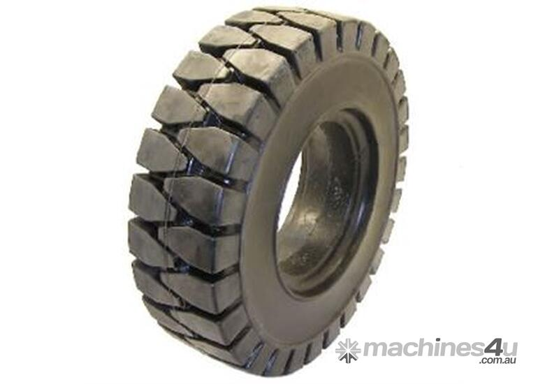Solid Forklift Tyre 700 x 12