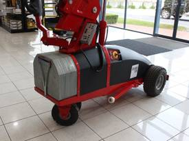 Winlet 575 Glass Handling Vacuum Lifter - from $265 pw* - picture5' - Click to enlarge
