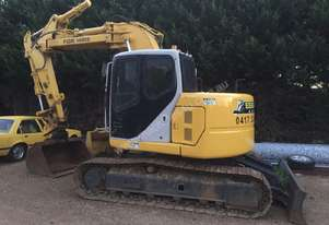 13tonne Excavator with mud and gp bucket
