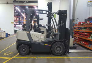 Crown Internal Combustion Gas Forklift Truck