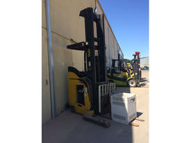 2007 Yale NR045EA 36v Electric Pallet Stacker - picture2' - Click to enlarge