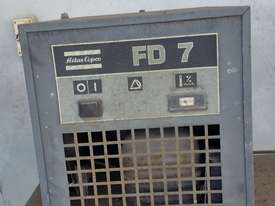 Compressor, Dryer & 2 Receivers - picture2' - Click to enlarge