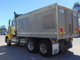 Western Star 4864FX Tipper Truck - picture4' - Click to enlarge