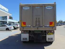 Western Star 4864FX Tipper Truck - picture5' - Click to enlarge