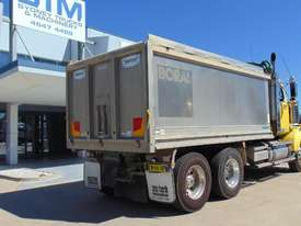 Western Star 4864FX Tipper Truck - picture6' - Click to enlarge