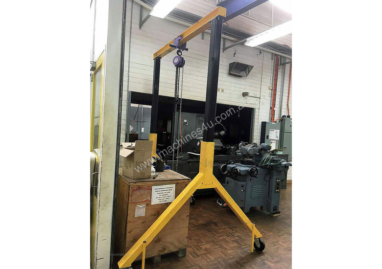 Mobile Gantry with Block & Tackle