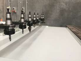 Complete Business Solution - Edgebander + CNC + Dust Extractor - picture15' - Click to enlarge