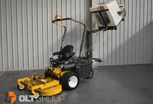 Walker MDDGHS Zero Turn Mower with Hydraulic Hi Dump and Multi Deck