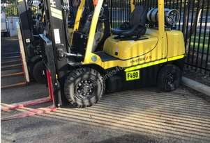Hyster 2.5 tonne forklifts for hire