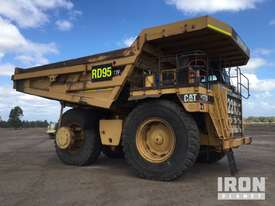 2000 Cat 777D Off-Road End Dump Truck - picture1' - Click to enlarge