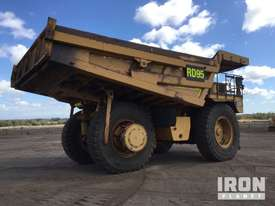 2000 Cat 777D Off-Road End Dump Truck - picture2' - Click to enlarge