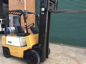Forklift Cheap Low Hours - picture1' - Click to enlarge