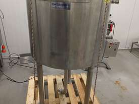 Jacketed Stainless Steel Tank 250 litre with lid - picture2' - Click to enlarge